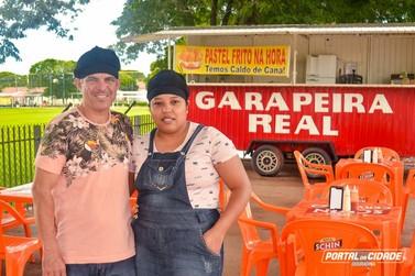 Garapeira Real oferece pastel frito na hora com aquele caldo de cana fresquinho