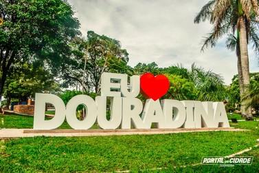 Natal e Ano Novo: Veja o que abre e o que fecha em Douradina