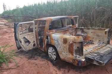Caminhonete de morador de Mariluz desaparecido é encontrada carbonizada