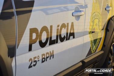 Motorista em fuga pela PR-323 'dispensa' maconha pela janela mas acaba preso