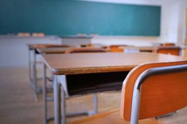 Escolas particulares do Paraná devem continuar sem aulas até agosto, diz governo