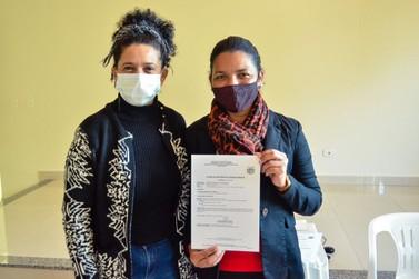 Centro de Saúde Hélio Corsini recebe Certificado de Licença Sanitária da 12ª RS