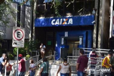 Auxílio emergencial: Caixa abre agência neste sábado das 8h às 12h em Umuarama
