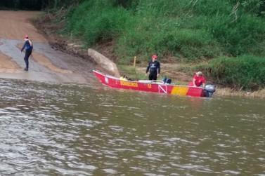 Bombeiros localizam corpo de ex-vereador que sumiu no Rio Ivaí