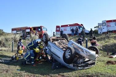 Acidente deixa cinco feridos entre Umuarama e Serra dos Dourados