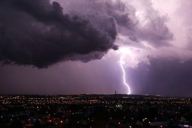 Defesa Civil vai disparar alertas de tempestades por SMS a todos os municípios