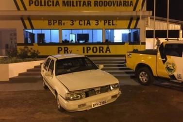 Após perseguição pela PR 323, PRE de Iporã apreende veiculo com cigarro em Cafezal do Sul