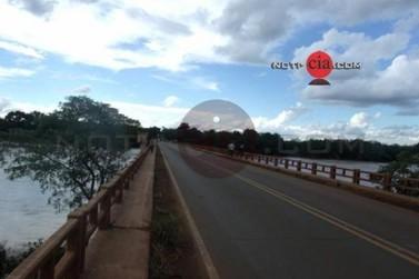 Ponte sobre o rio Ivaí esta parcialmente interditada na PR-492