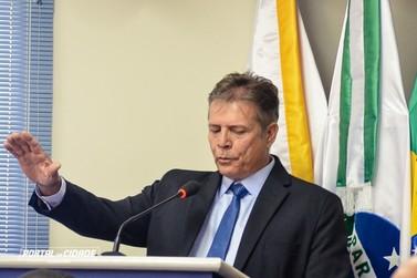 Prefeito, vice e vereadores eleitos tomam posse em Douradina