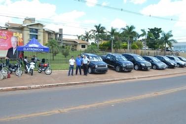 Feirão de carro e moto reúne centenas de oportunidades em Douradina