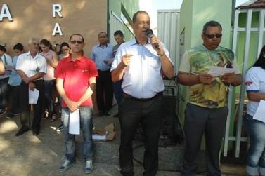 Prefeitura de Douradina fechou nesta segunda-feira em protesto contra crise financeira