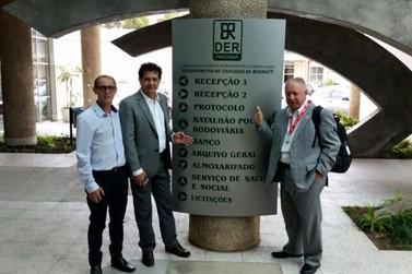 Tatinha, Mário Gazin e Palozi se reúnem para buscar solução de rodovias da região