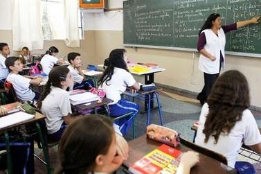 Governo do Paraná autoriza implantação de progressões e promoções