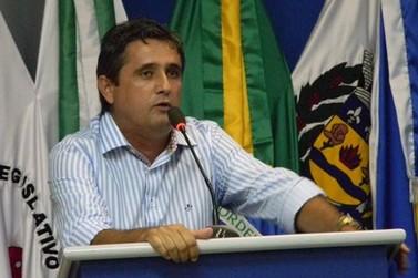 João de Araújo propõe fim dos subsídios para vereadores de Douradina