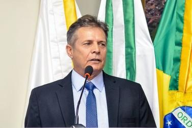 João Jorge antecipa salários de servidores públicos em Douradina
