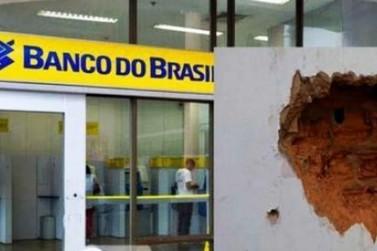 Ladrões tentam entrar em agência bancária de Alto Piquiri por um buraco