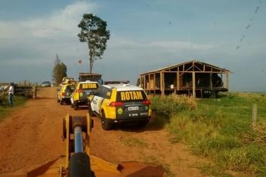 Mais de 300 policiais militares cumprem desocupação na Fazenda Lupus