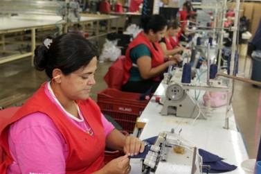 Paraná tem saldo positivo no emprego pelo segundo mês consecutivo este ano