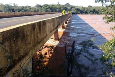 Ponte do Rio Ivaí será interditada para caminhoneiros neste sábado
