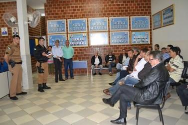 Tenente da 5ª. CIPM de Umuarama visita Icaraíma e se reúne com Vereadores