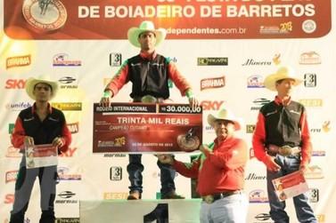 Os três melhores peões na modalidade Cutiano de Barretos confirmam presença na Expo Icaraíma