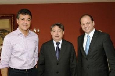 Luiz Sorvos é eleito presidente da AMP