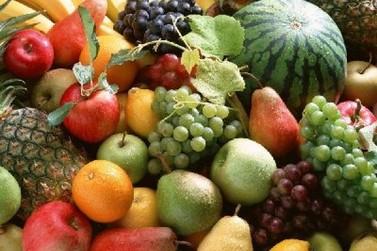 O verão está próximo e os cuidados com a alimentação devem ser dobrados