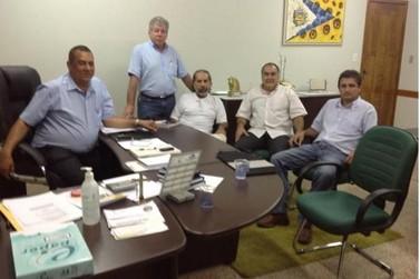 Deputado e diretor-Presidente do Grupo Ilustrado de Comunicação visita Prefeito Cidão