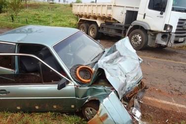 Acidentre entre Caminhão e Carro em Alto Paraíso