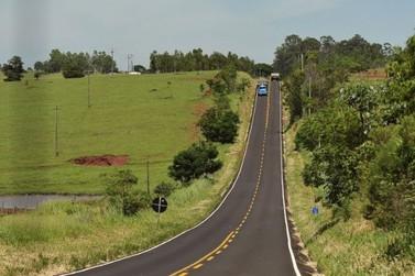 Asfalto de maior durabilidade dará mais segurança aos motoristas da PR- 082, entre Douradina e o distrito de Santa Felicidade