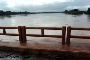 Estado prepara equipes para recuperar rodovias atingidas pelas chuvas