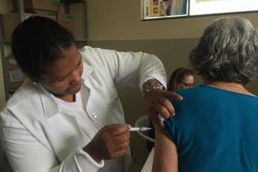 Prefeito de Naviraí busca meios para compra emergencial de vacinas
