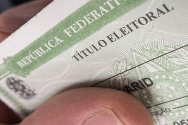 Quase 80 mil pessoas podem perder título de eleitor no Paraná