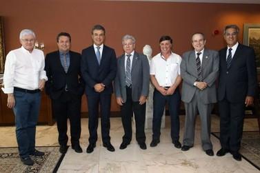 Richa libera R$ 6,6 milhões para obras no aeroporto de Umuarama