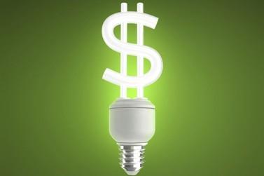 Saiba como economizar energia elétrica nos dias quentes