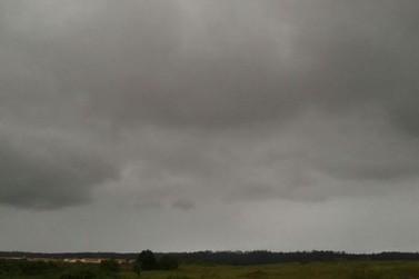 Semana deve ser chuvosa na região de Douradina