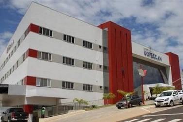 Uopeccan oferta vagas de emprego para Umuarama