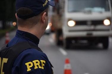 Mais de 215 mil veículos deverão trafegar na BR-277 durante o feriadão