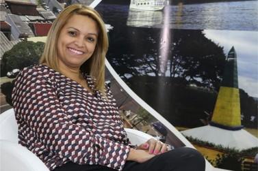 Adriana Luiz assume a Secretaria de Trabalho, Juventude e Capacitação