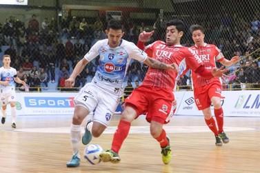Atlântico Futsal, líder da liga, vence o Foz Cataratas no Costa Cavalcanti