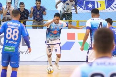 Foz Cataratas Futsal vence Umuarama no Ginásio Costa Cavalcanti