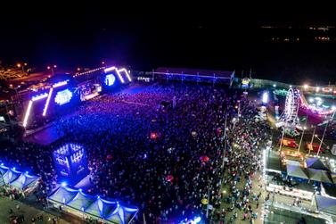 Gusttavo Lima reúne milhares de pessoas na primeira noite da Fespop