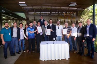 Itaipu formaliza aporte a mais três projetos voltados à criança e ao adolescente