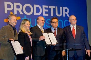Ministro Vinicius Lummertz destaca apoio da Itaipu ao turismo regional