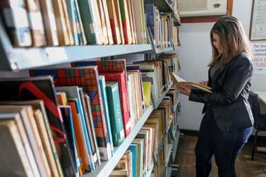 Biblioteca Municipal Elfrida Engel completa 55 anos nesta quinta-feira