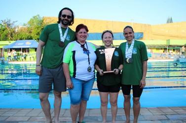 Foz homenageia nadadores na edição 61ª dos Jogos Abertos do Paraná