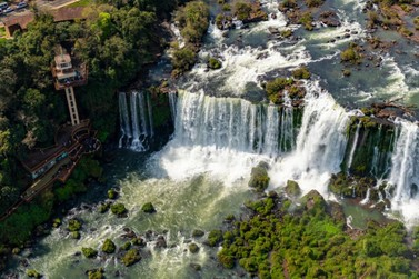 Números apontam crescimento de turistas em Foz do Iguaçu