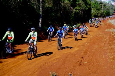 Passeio ciclístico marca a inauguração de mais 26 km da Rota Beira Parque
