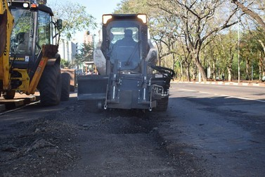 Prefeitura pede empréstimo de R$ 5 milhões para comprar máquinas pesadas