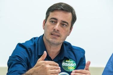 João Arruda assina documento com as prioridades para Foz do Iguaçu